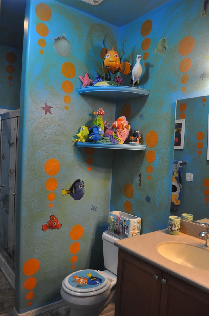 Disney finding nemo bathroom decorating dory www for Bathroom themes