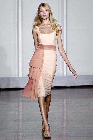 L'Wren Scott dress RTW Spring 2011. Oprah wore a version of this on her last show. I am obsessed with the ombre sash.
