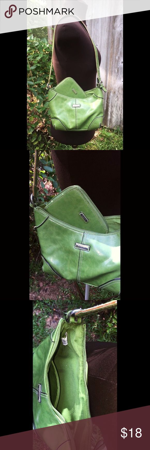 """Green Rosetti bag Vinyl. Small sized bag with matching wallet! Lightly used. Super cute. Adjustable handle. ** Full length of strap (from tip to tip) 30"""" ** Please see listing titled """"Packaging & Measurements"""" for more details!!! Feel free to make me an offer. Rosetti Bags Shoulder Bags"""