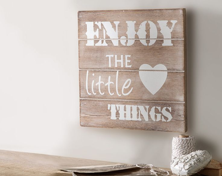 Enjoy The Little Things Plaque £5  A positive message wall plaque. Complete with hanging fixtures on the back. 12cm x 12cm x 1cm  Code: 794228  Kleeneze KLife Home Wallart art