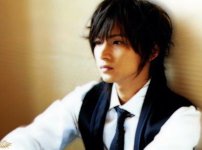 Domoto Koichi is a member of Johnny's Entertainment duo KinKi Kids. He joined Johnny's at the age of 12, as his sister sent in his application for him. He has been in the musical Endless SHOCK since 2001 and has also been in many doramas.