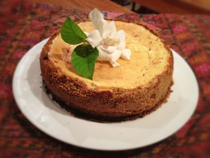 as promised, the sugar-free, grain-free cheesecake recipe (plus a recipe for kale chips)