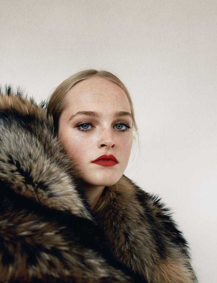 Publication: Self Service Fall/Winter 2016 Model: Jean Campbell, Vanessa Moody Photographer: Angelo Pennetta Fashion Editor: Julia Sarr-Jamois Hair: Rudi Lewis Make Up: Lotten Holmqvist PART II PART...