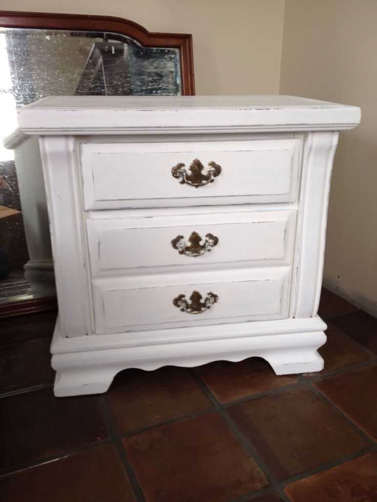 1000 Images About Chalk Painted Night Stands On Pinterest