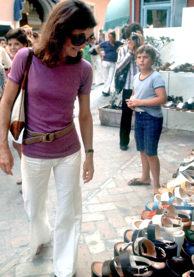 Jackie Kennedy Shoes: Jackie Kennedy Onassis Shoe Shopping In Capri