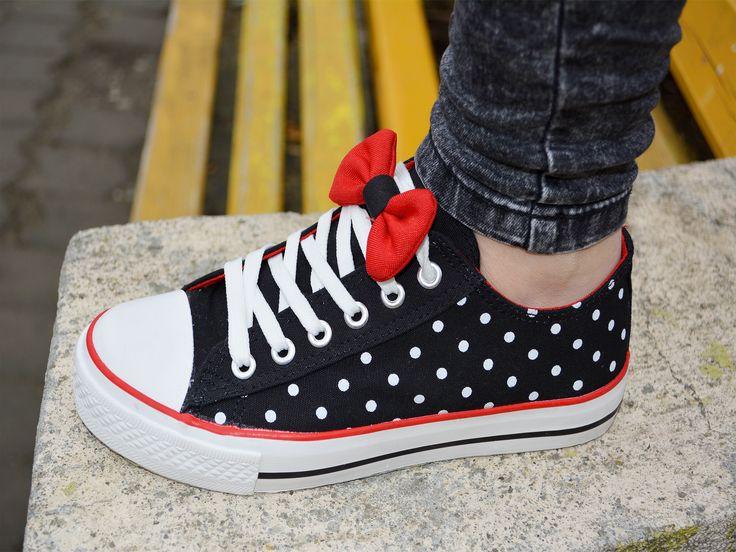 Tenisi Geek Negru  http://www.standard-shoes.ro/incaltaminte-dama/tenisi  #sneakers #shoes #fashion #sport #black