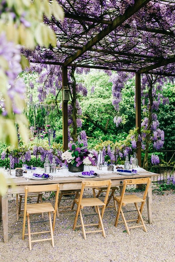 Pretty Purple Tablescape / Wisteria Inspired Wedding Styled Shoot