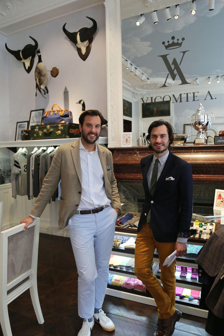 Arthur et Marcy De Soultrait, créateurs de la marque, dans leur Showroom @Vicomte A