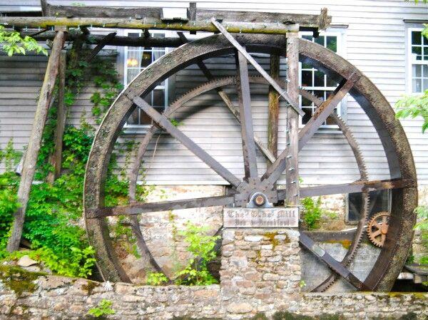 Water wheel - Cumberland Gap, TN