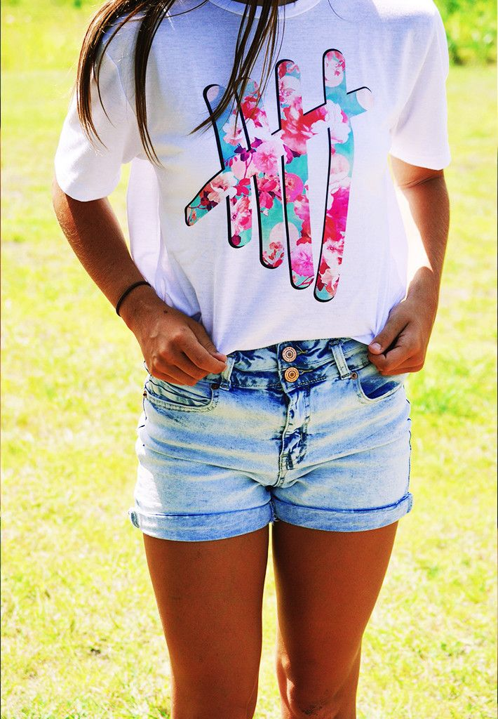 5 Florals T shirt- where can I buy this?