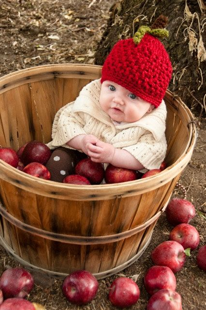 Crochet apple hat photo prop fall newborn