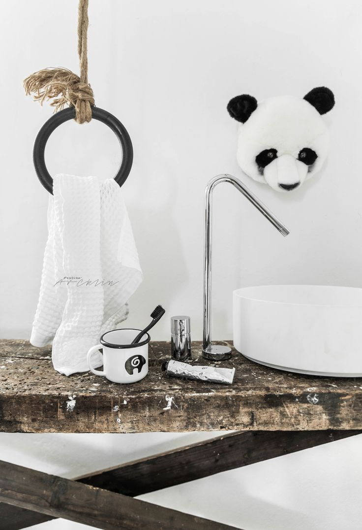 © Paulina Arcklin | Blog post:THE KIDS ROOM - THE PANDA BASIN