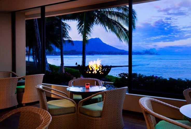 Sheraton Waikiki Hotel - Rumfire Lounge