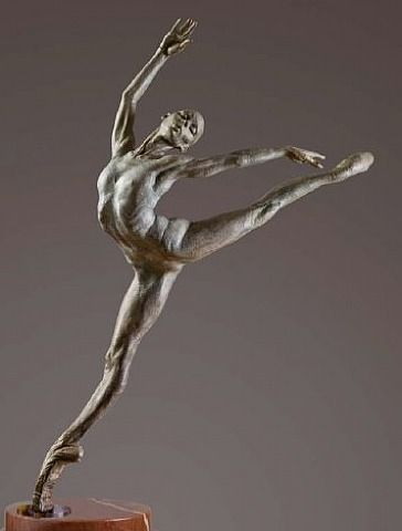 "Richard MacDonald, ""Sissone"", Atelier.-- Reminds me of the beautiful statues we saw in Laguna Beach!"