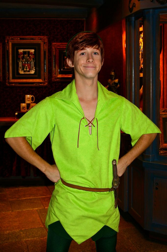 Disneyland Aug 2009 - Meeting Peter Pan!