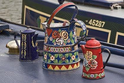 Painted enamel pots on canal boat  #flowers #floral #enamel