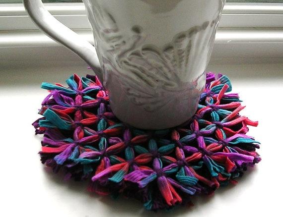 Hexagon Loom Woven Coaster Set by BernoullisAttic