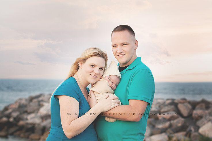 Newborn Photography | Newborn beach photography | ©Ashley McKelvey Photography