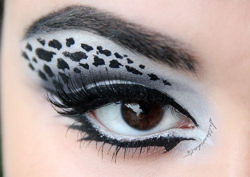 Gorgeous snow leopard eye makeup