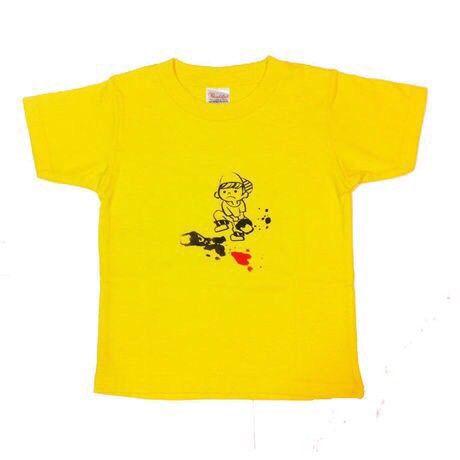 ペンキをこばしてしまった、おちゃめな男の子のイラストがプリントされているTシャツ。サイズ110cm綿100% 全6色展開一枚980円|ハンドメイド、手作り、手仕事品の通販・販売・購入ならCreema。