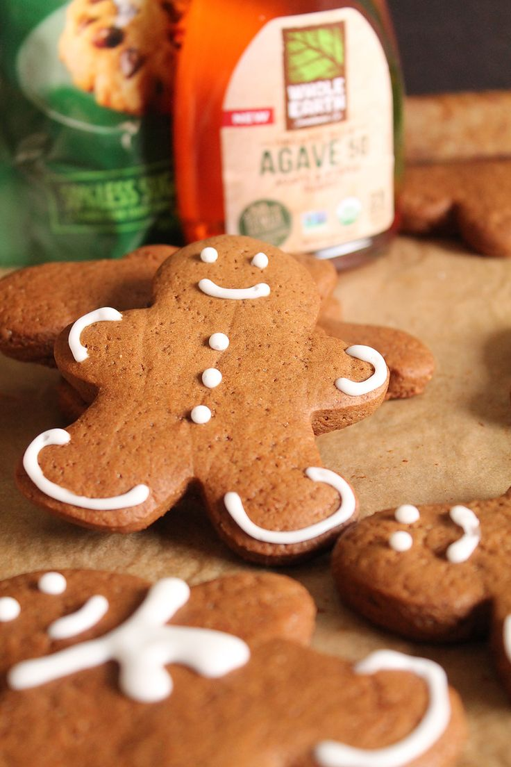 Delicious vegan gingerbread cookies made with Whole Earth Sweetener Co. sugars for a low-sugar cookie.