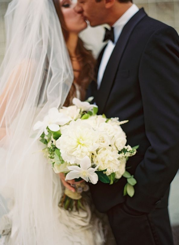 what does it mean when wedding invitation says black tie invited%0A New Orleans Black Tie Wedding  Once Wed