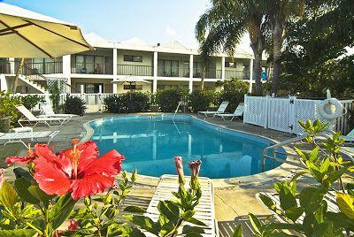 Florida Hotels Reservation: Beachcomber Beach Resort & Hotel - St Pete Beach