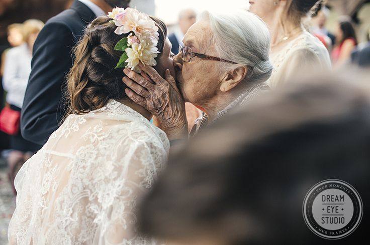 Bride_granny