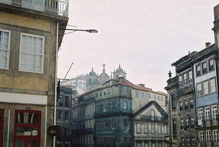 Lindsay   The Romance of Porto's Old Accidental Beauty   Photo by Olga Kotnowska