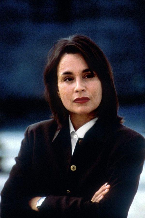 diane venora as major Valentina Koslova in JACKAL, 1997