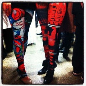 Leggings prints 'Floral Spring' (left) and 'Bright Lights' (right) come in small, medium and large.  R$79 www.tangella.com.au