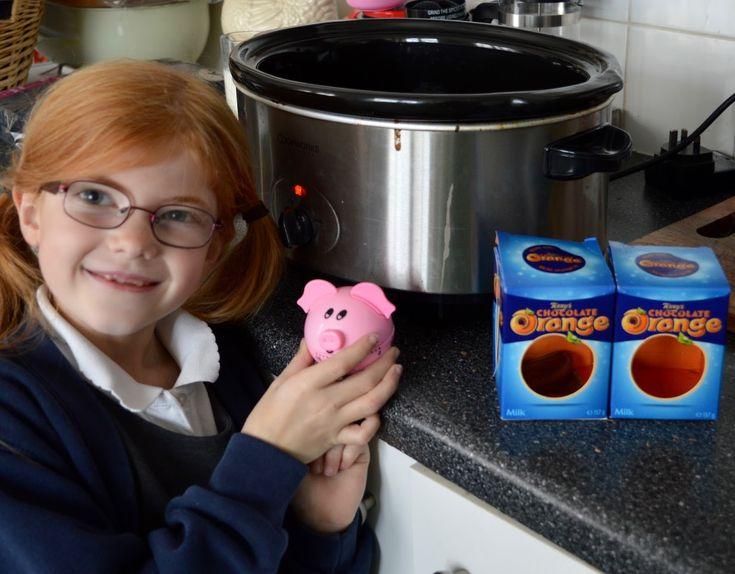 Terry's Chocolate Orange Slow Cooker Fudge Recipe - A Homemade & Edible Christmas Gift - set a piggy timer