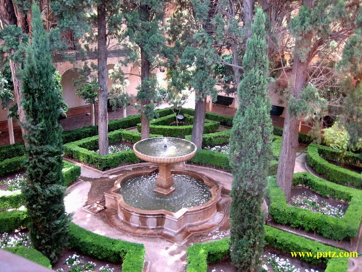 23 best images about alhambra granada spain on pinterest for Famous garden designs