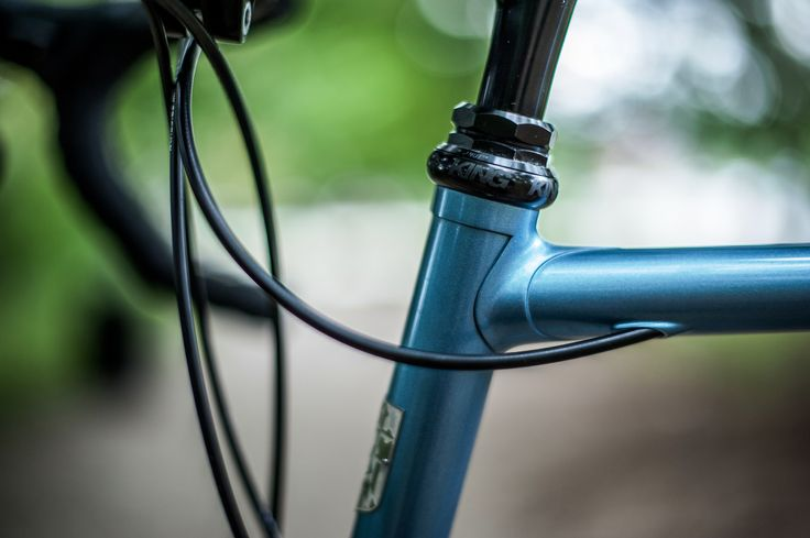 https://flic.kr/p/fCG75R | Frank's Road Bike | Masterful paint by Bryan Myers of Fresh Frame; thanks Keith Trotta for the photos!