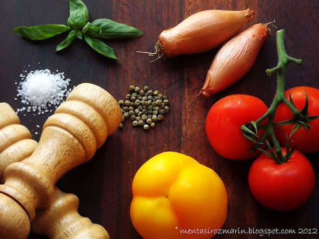 Retete de vara: Gazpacho [raw vegan]