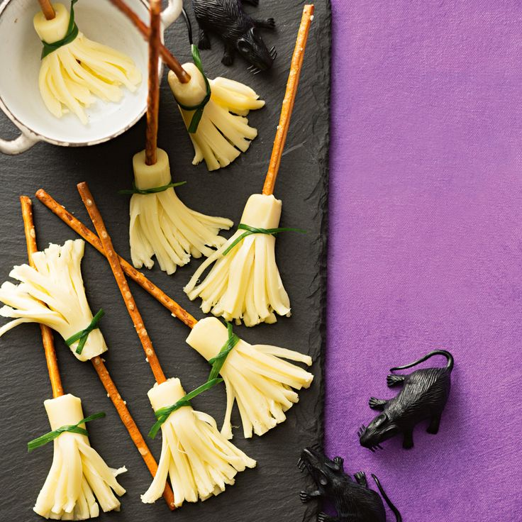 How to make Witches Brooms. Find more great Halloween Party Food ideas!