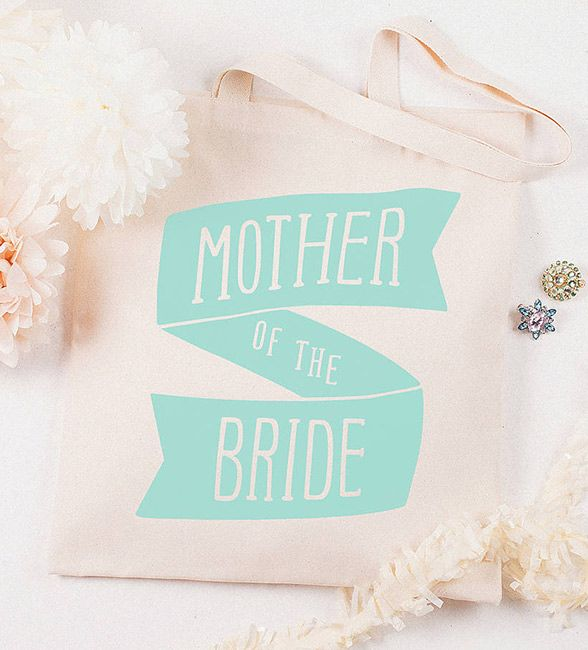11 Thoughtful Mother Of The Bride Gift Ideas Your Mom Deserves On Wedding Day