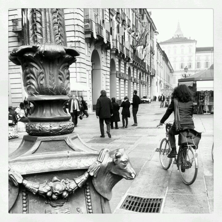 http://blackcatsouvenirs.blogspot.com/search/label/turin