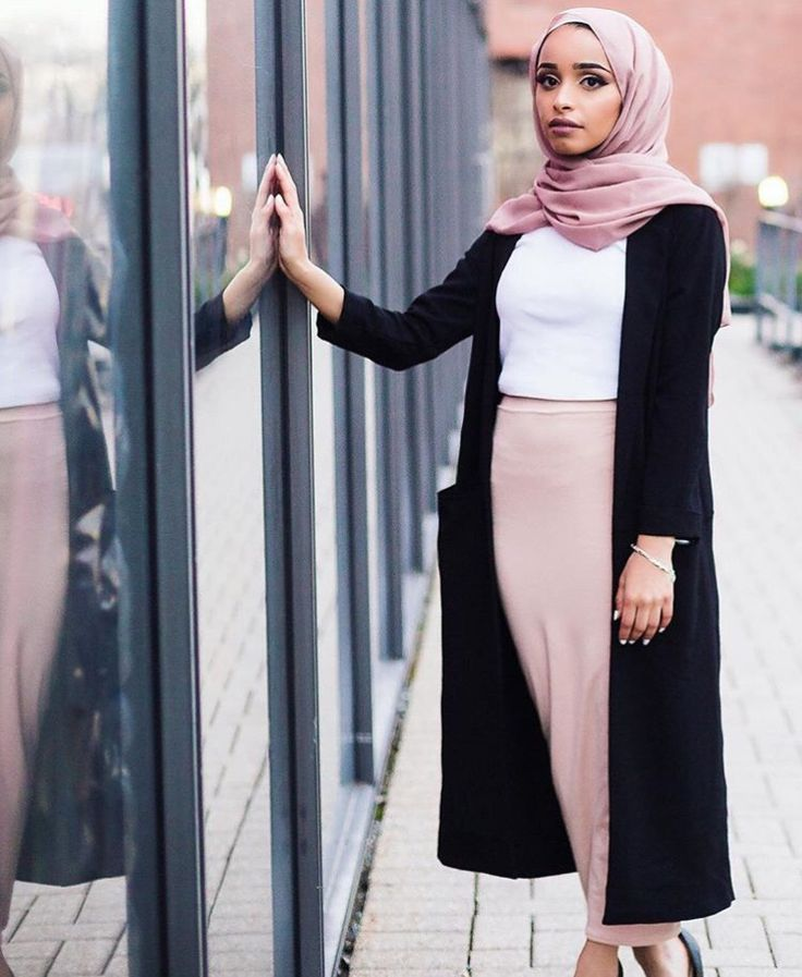 Hijab + I Want That Skirt (_rads)