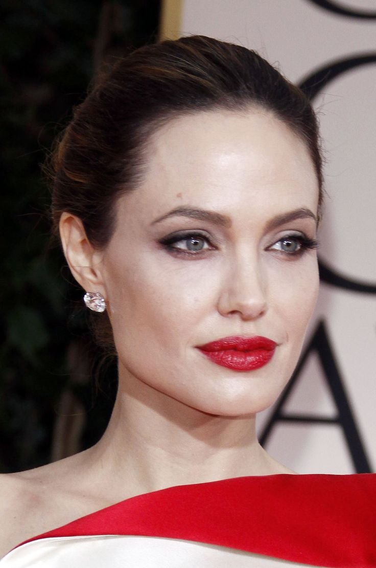 red lips for cool skin tones