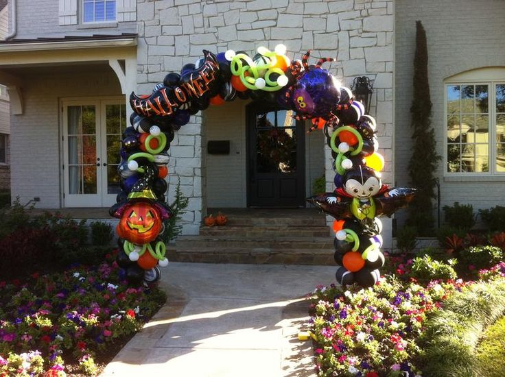 Halloween balloon arches and columns balloon balloon for Balloon decoration for halloween