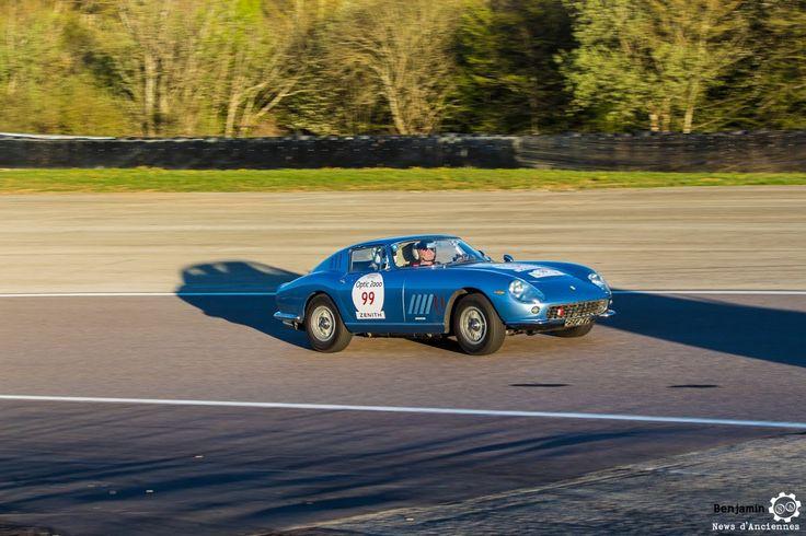 #Ferrari #275 #GTB sur le #TourAuto2016 à #Dijon_Prenois. Reportage : http://newsdanciennes.com/2016/04/20/tour-auto-2016de-passage-a-dijon-prenois-on-y-etait/ #ClassicCar #VoituresAnciennes #VintageCar #MoteuràSouvenirs