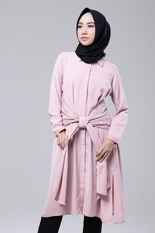 Riley Shirt | Koleksi - Tunic Muslimah Riley Shirt Dari Zysku Xena - HIJUP