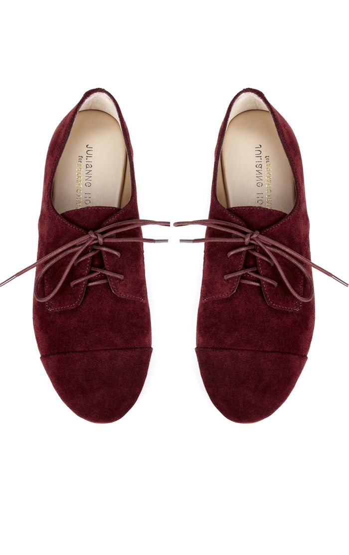 Burgundy Oxfords- Lately I've had an obsession with anything burgundy/maroon/oxblood!