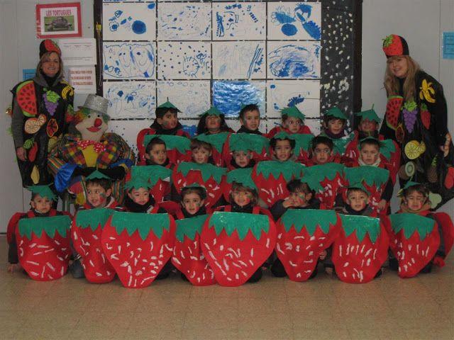 """Carnaval 2010 """" Fruites"""" - Escola Llibertat - Maduixes"""
