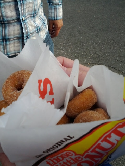 @ 2012 PNE  -  Those little donuts: Cinnamon sugar