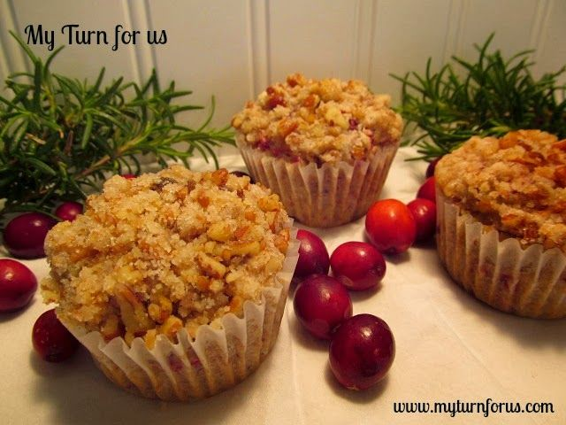 Cranberry Muffins with Pecan Streusel! http://www.myturnforus.com/2013 ...