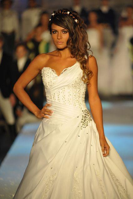 Robe de mariée unique du créateur Armilani Mariage Paris  Robes de ...