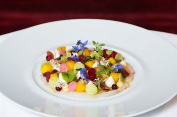 Beautiful dishes. #boutiquehotel #Paris #lemonpie #theartofplating #food