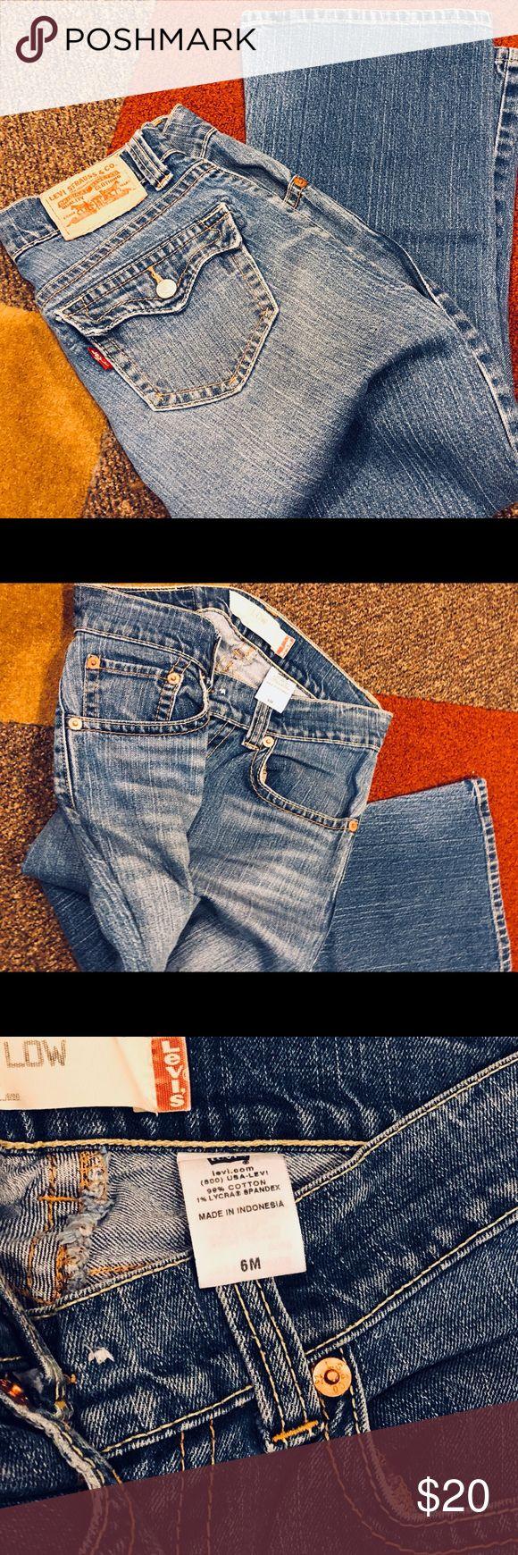Levi's bootcut jeans Great Levi's boot cut jeans. Size 6 regular. Low cut and bootcut. Levi's Jeans Boot Cut